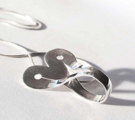 Silver Infinite Heartshape necklace